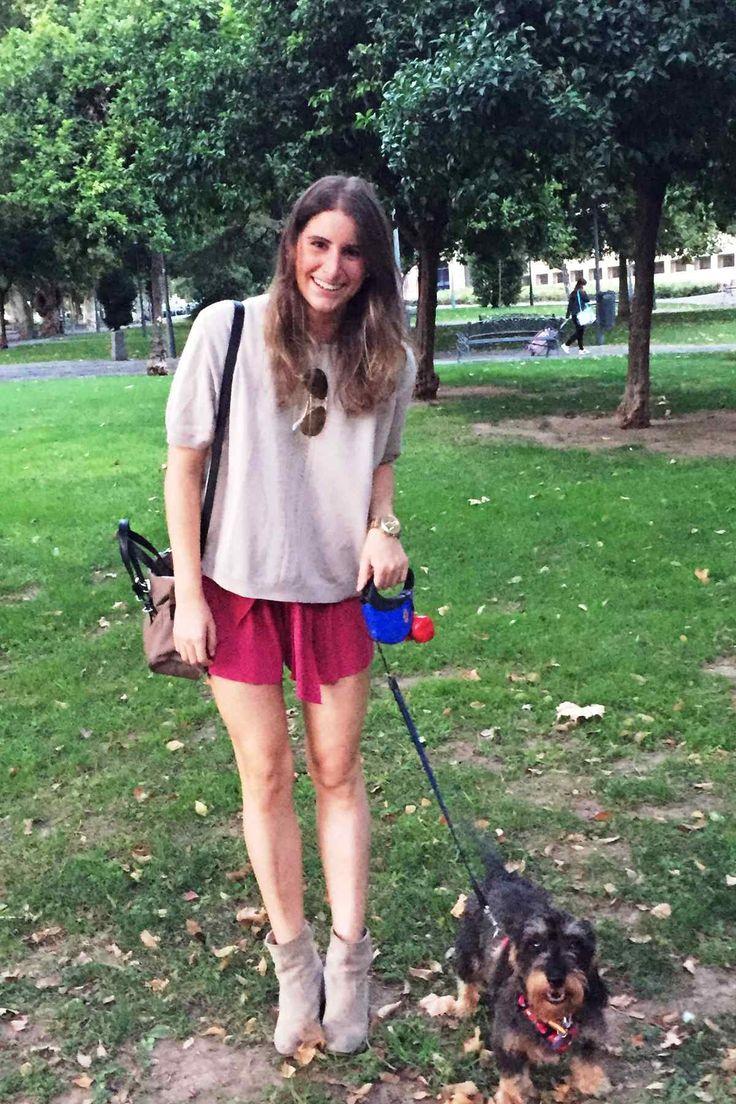 Me encanta el look de conperrosyaloloco en Wossel. http://www.wossel.com/es/look/573/outfit-conperrosyaloloco-botines-bajos-beige-mint-berry-jersey-de-punto-beige-naf-naf-bandolera-madera-anna-field-pantalon-corto #fashion #trendy