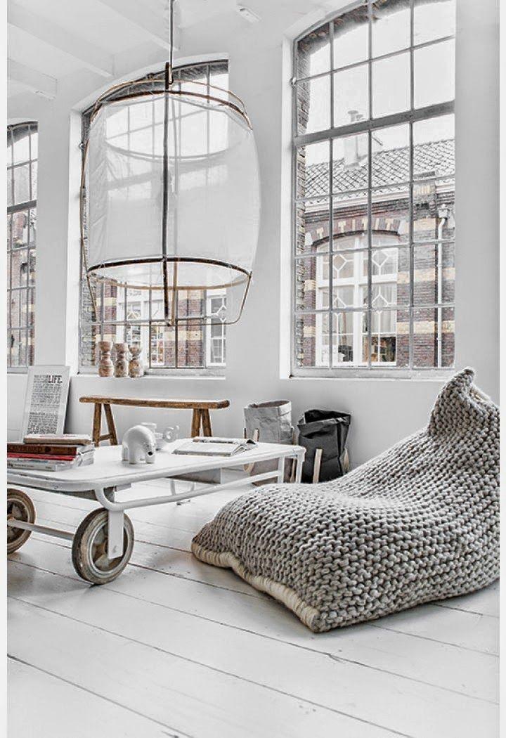 White//Living room