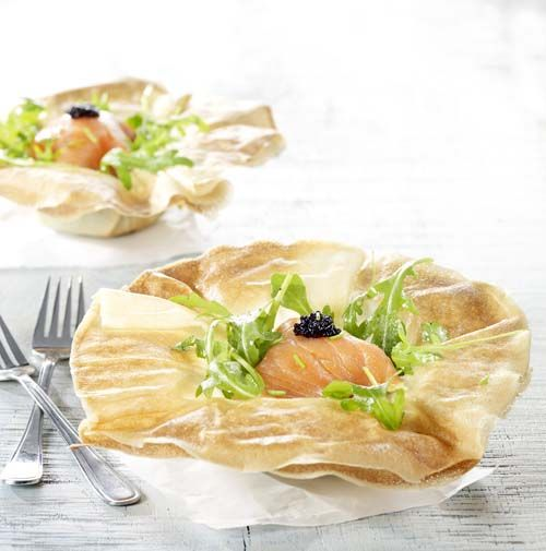Verrassingsmandje met gerookte zalm en avocadocrème - Colruyt Culinair !