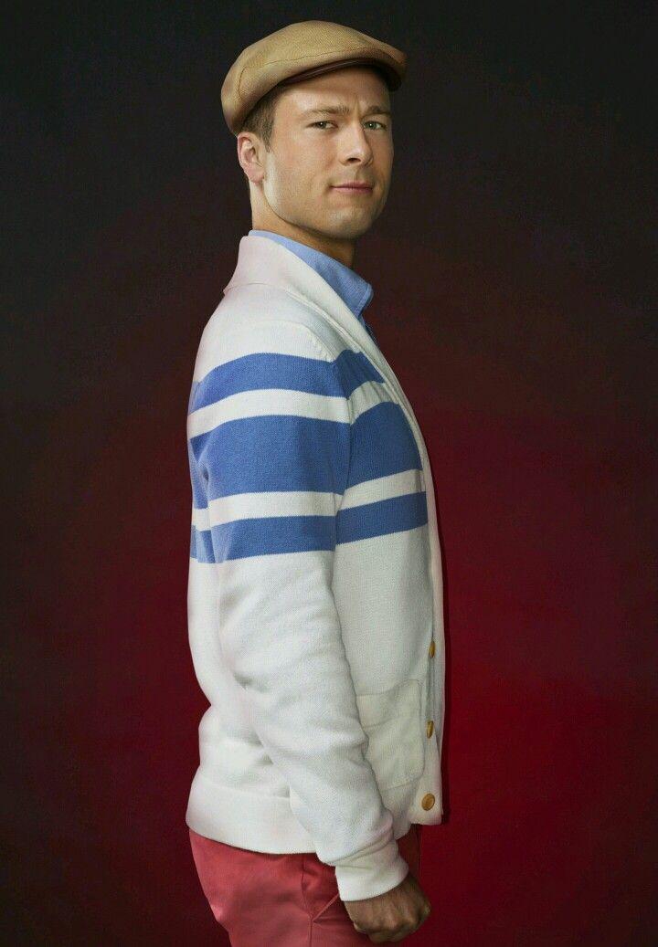 Glen Powell as Chad Radwell