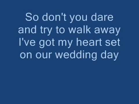 <3 if I was ever to get married this would be the song for the first dance together