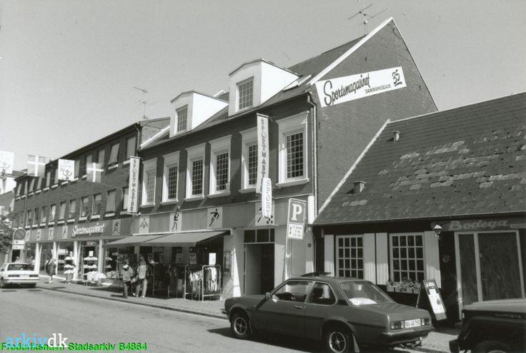 arkiv.dk | Sportsmagasinet, Danmarksgade 35, Frederikshavn1993