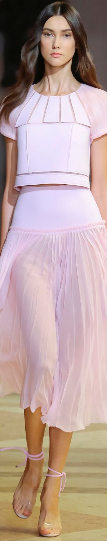 CAROLINA HERRERA SPRING 2016 RTW LOLO repinned by BellaDonna's Luxury Designs