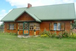 http://atrakcjepodlasia.pl/atrakcje-turystyczne/bialowieza-muzeum-przyrodniczo-lesne.htm