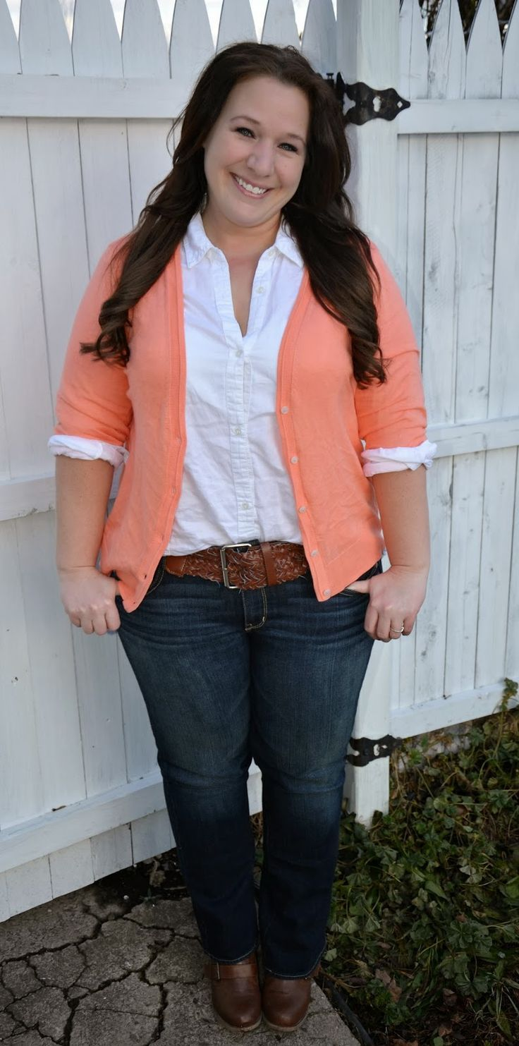 A cute plus size fall outfit to wear at work of for the movies.