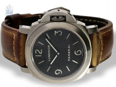 Watch: sought-after, limited-edition men's watch, Officine Panerai Luminor Marina Titanium, No. N498/600, Ref. OP 6725, with original box and papers