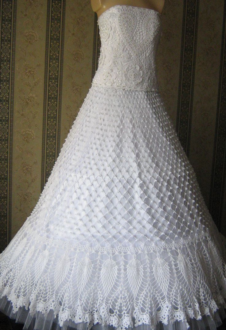 Подарки ручной работы, купить сувениры, авторские изделия и эксклюзивные вещи - продажа по выгодным ценам, украшения ручной работы - платье свадебное вязаное