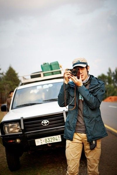 7. Is half of this list about stuff Yoo Yun Suk knows how to do that makes us swoon? Yes, yes it is — but apparently the man knows how to do everything because he loves photography, and he collects and rebuilds cameras in his free time. The actor went to Ethiopia with World Vision in 2014, creating a photobook titled DREAM about his volunteer experiences in the African nation. All proceeds from the photobook went back to charity.