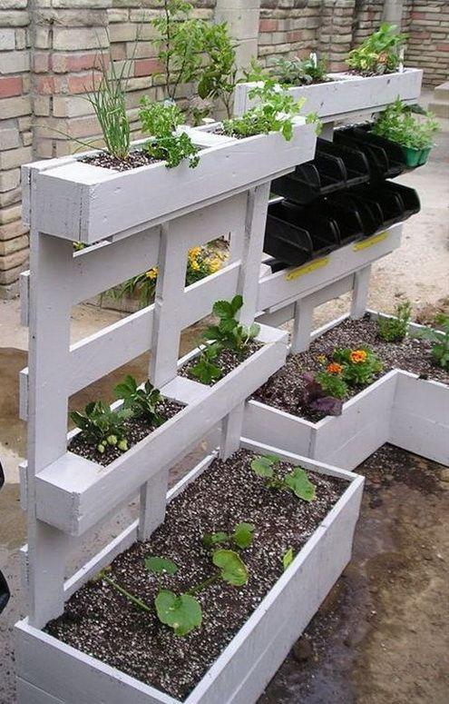 Recyclage de palettes en jardinières
