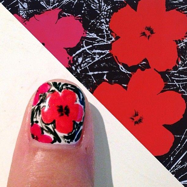 how to make a poppy on fingernail