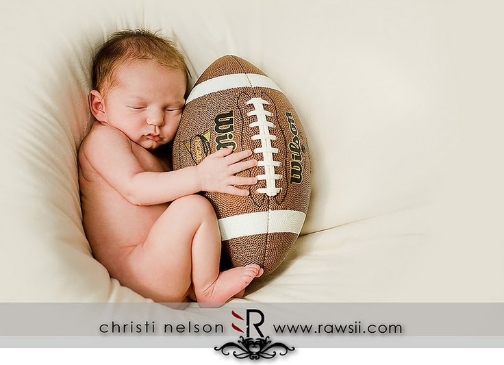 Cute.Pictures Ideas, Newborns Football, Football Baby, Football Players, Baby Boys, Newborns Pics, Future Baby, Baby Pictures, Little Boys