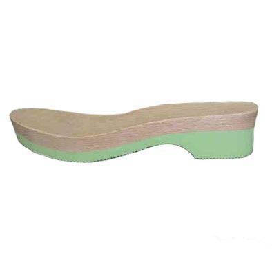 fondo in legno e microporosa verde