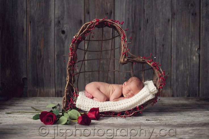 Newborn Photographer | Baby Picture | Captured by JLS photography    www.fb.com/BestNewbornPhotographers
