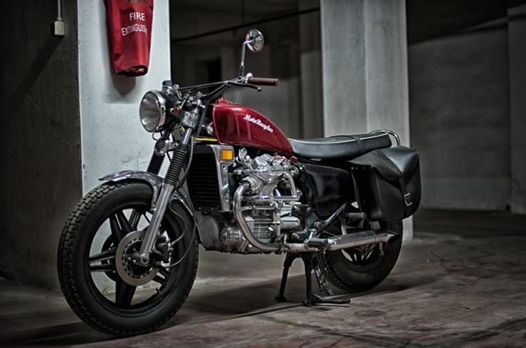 #custom #motorcycles Motorecyclos #bikes Brit-Brum #scrambler based on #Honda cx 500