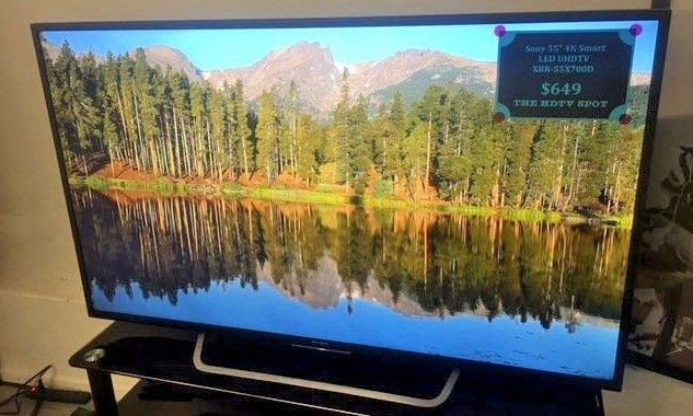 """Sony XBR-55X700D 55"""" 4K 2160p Ultra HD Smart LED TV -LOCAL PICKUP ONLY-"""