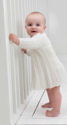 Платье с ажурными дорожками
