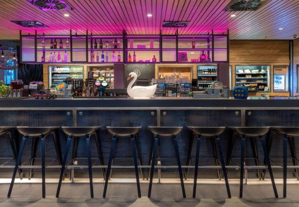 MOXY London Excel: London Modern Hotels