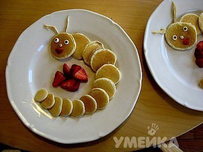 Ways to serve pancakes for children