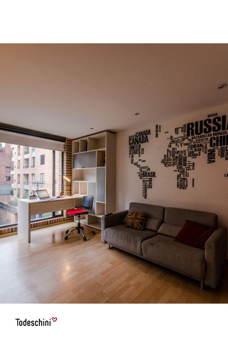 Trabaja desde la comodidad de tu casa, en una oficina urbana y moderna que inspira a crear nuevas ideas. #Diseñodeinteriores #Decoración #Todeschini #ambientes #mueblesamedida #arquitectura #homeoffice