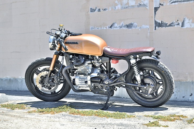 Garage project motorcycles very nice although i would for Garage seat nice