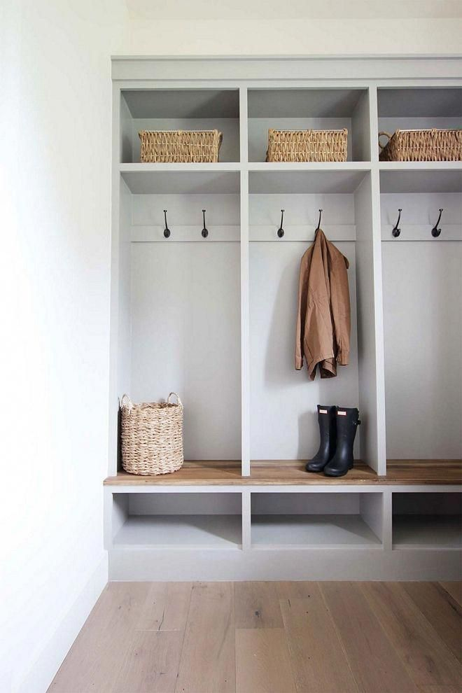 Modern Farmhouse Diy Mudroom Lockers With White Oak Bench Homedecorbedroom