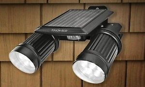 Motion activated light has an energy efficient solar panel and is ideal for lighting driveways, garages, and warehouses