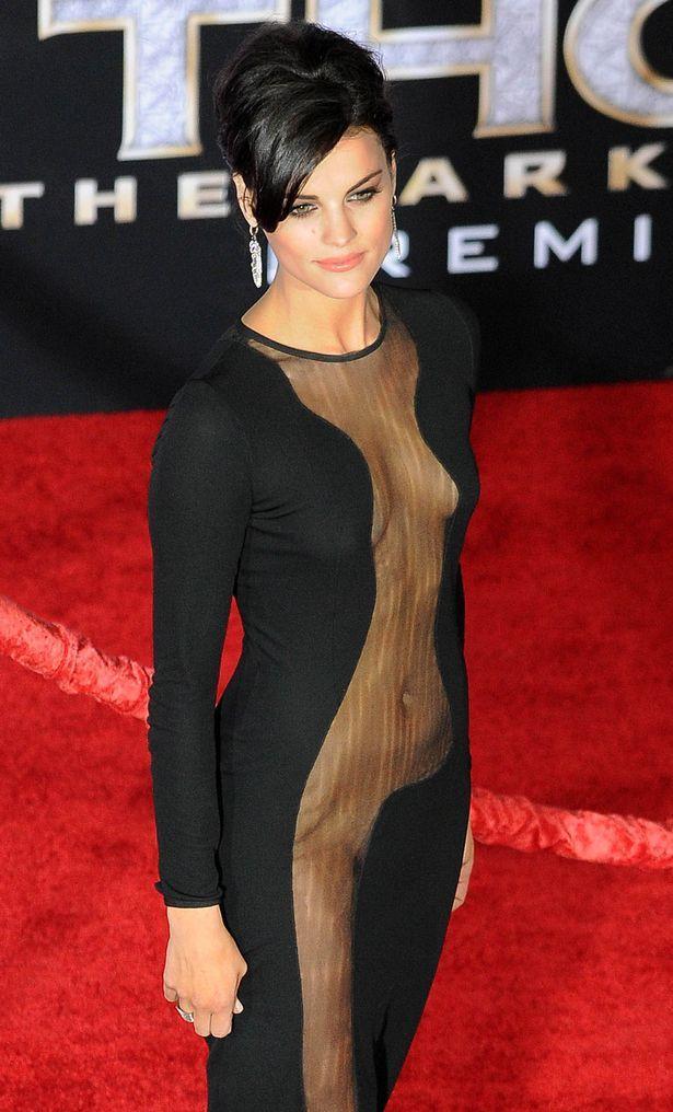 117 Best Celebrity Red Carpet Dresses Images On Pinterest