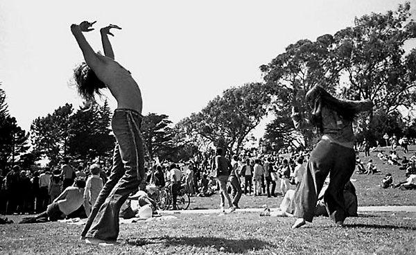 "Back in the day...  ""Hippie Hill"". Golden Gate Park, San Francisco, 1967. Photographer Robert Altman"