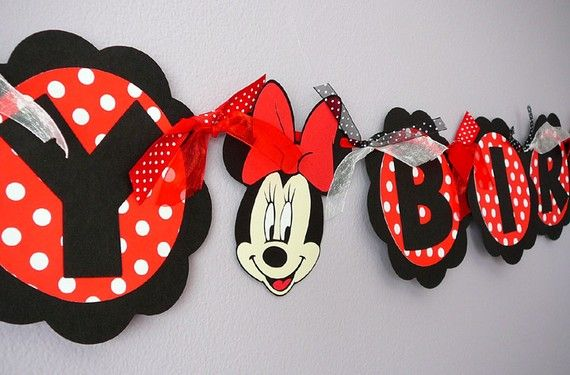 Minnie Mouse Party - Happy Birthday Banner!