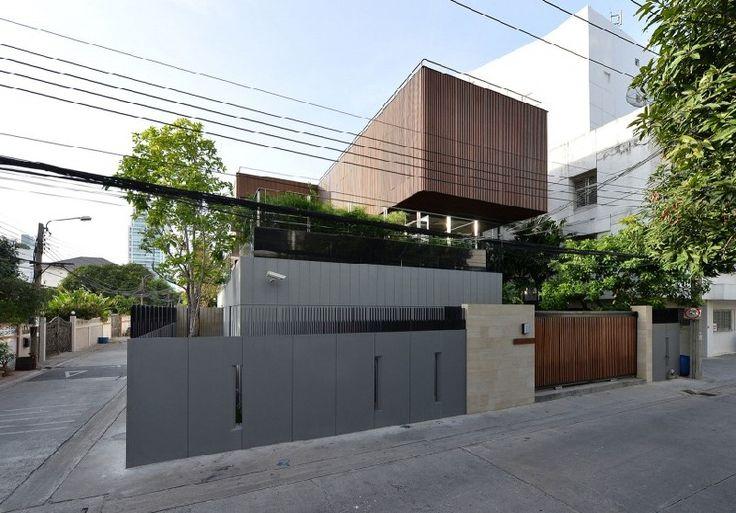 Eye-Catching Louver Panels Defining Massive Joly House in Bangkok, Thailand - http://freshome.com/eye-catching-louver-panels-defining-massive-joly-house-thailand/