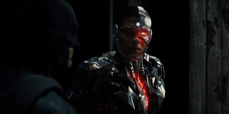 Justice League: anche Cyborg nel teaser trailer d'annuncio