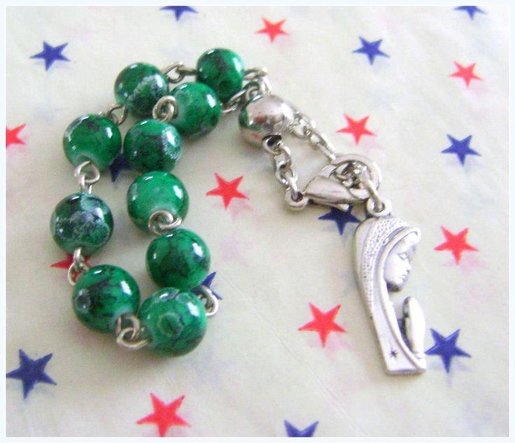 Denario Piedra de Vidrio - Verde - Medalla Virgen Niña