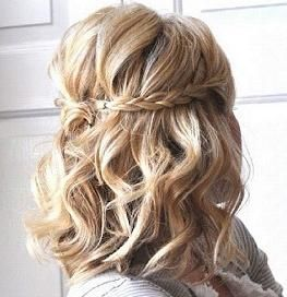 braid with short curlsHair Ideas, Hairstyles, Wedding Hair, Bridesmaid Hair, Shorts Hair, Shorts Style, Braids, Shorts Curls, Hair Style