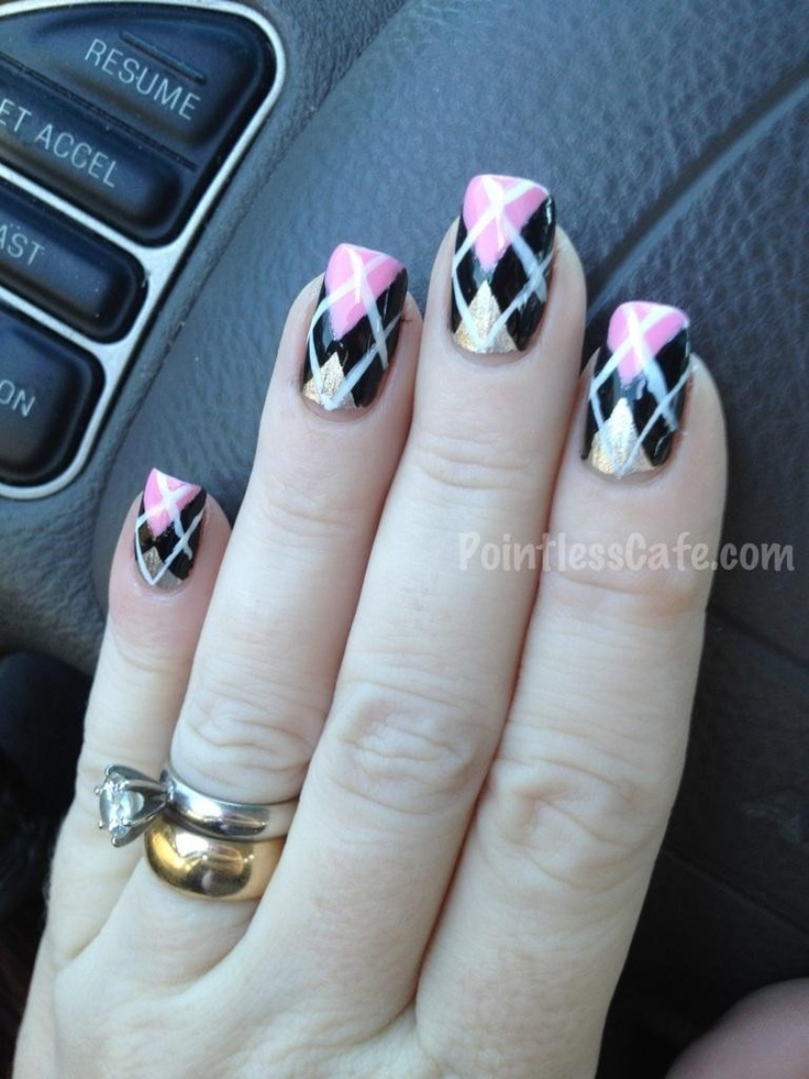 Copy-Caturday with Argyle Nails! | Pointless Cafe