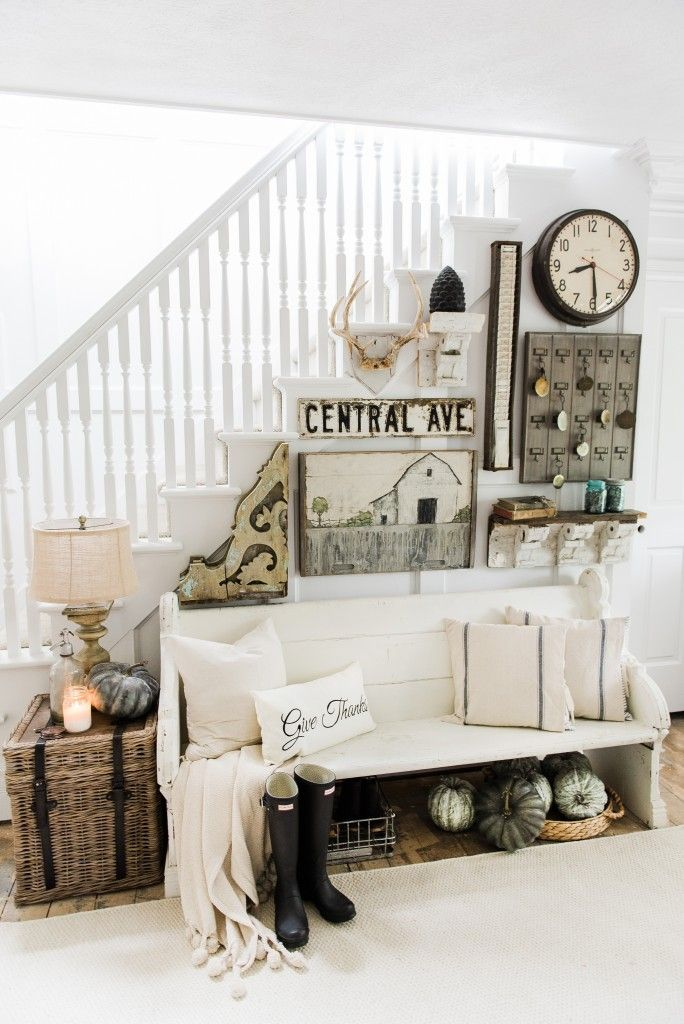 25 best ideas about fall entryway on pinterest fall entryway decor entry wall and design - Rustic housesbedrooms cosy welcoming ...