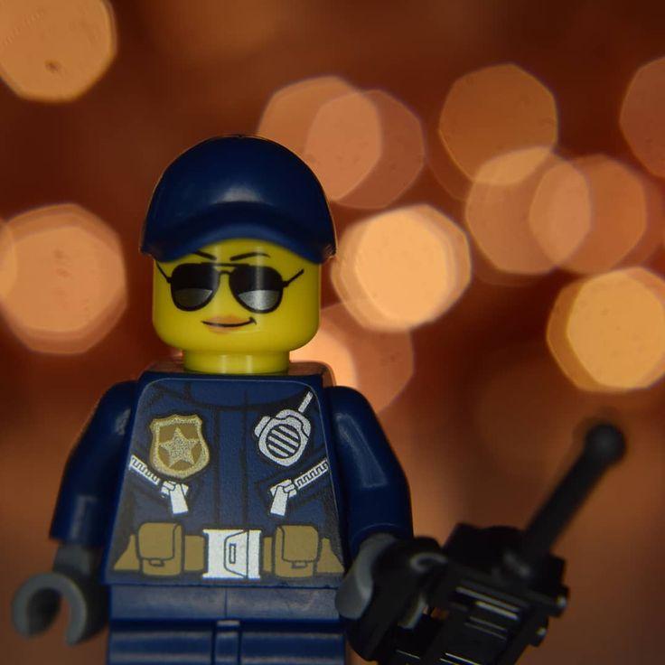 #closeup #macro #nikon #neewer #ringlight #fairylight #bokeh #closeuplens #macrophotography #closeupphotography #lego #legos #toys #police #radio