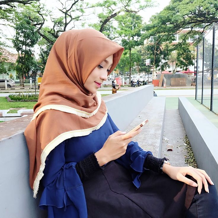 "3,311 Likes, 15 Comments -  Rifka Ayu Yulia Martha ☄ (@rifka_martha) on Instagram: ""Raisa blouse mocca from @moshehijab  . Manage by @lucky.management"""