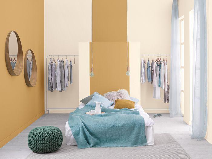 Nic tak pozytywnie nie nastraja, jak poranek spędzony w słonecznej sypialni. Wnętrze dekorowane kolorami lata oraz wyszukanymi detalami to propozycja dla tych, którzy chcą rozpoczynać każdy dzień z szerokim uśmiechem na twarzy. / Tikkurila Color Now - paleta FIZZ (żółcienie)