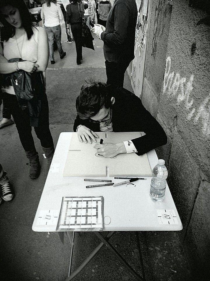 Performance Live per A7 design. Fuori Salone via Tortona, Milano.