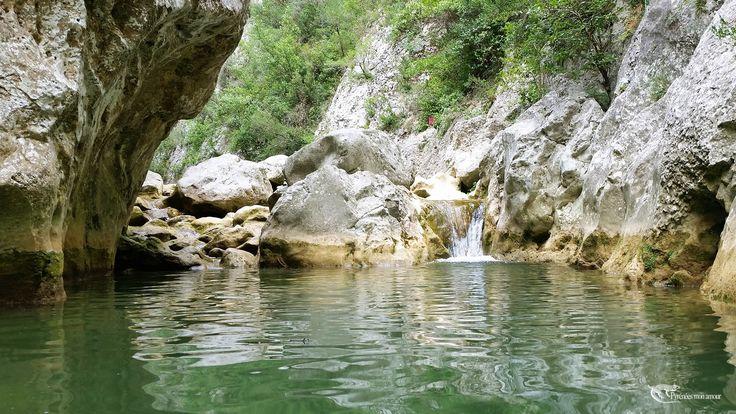 Gorges de Galamus, Pyrénées Orientales  http://www.pyrenees-mon-amour.com