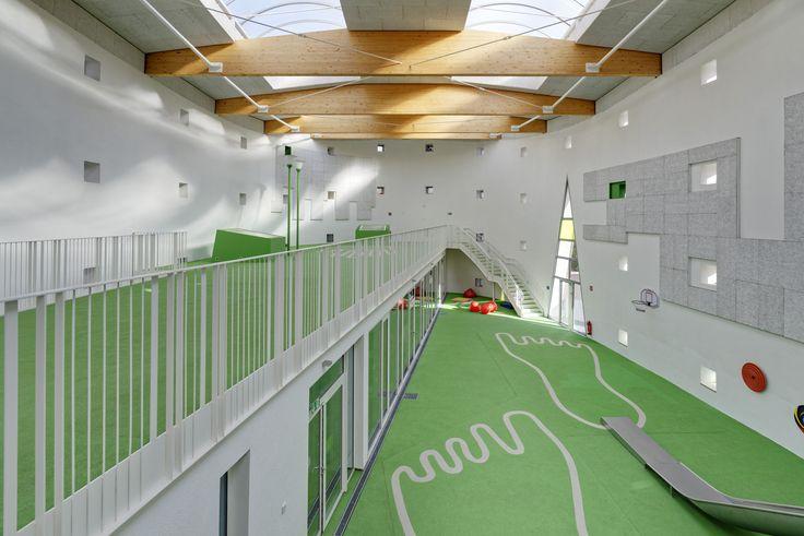 Umbau zur indoor-Halle einer ehemaligen Kirche in der Scheibenstrasse