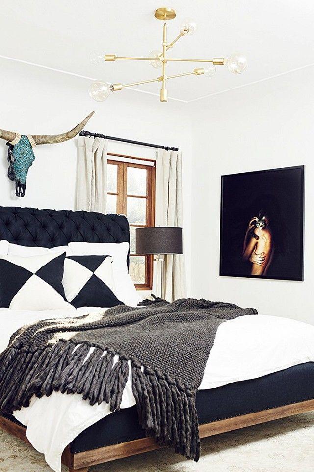 Midcentury Modern Bedroom | Bedroom Decor Ideas | Decor Ideas | Modern Bedrooms | Luxury Design | Luxury Furniture | Boca do Lobo www.bocadolobo.com/en