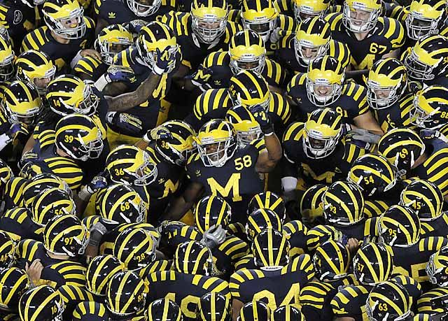 Michigan Football Under the Lights