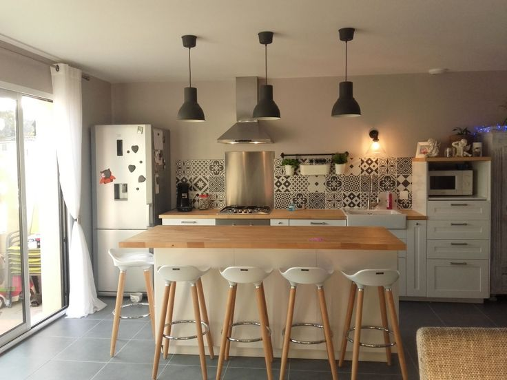 18 best maison images on Pinterest Apartment living, Bay windows