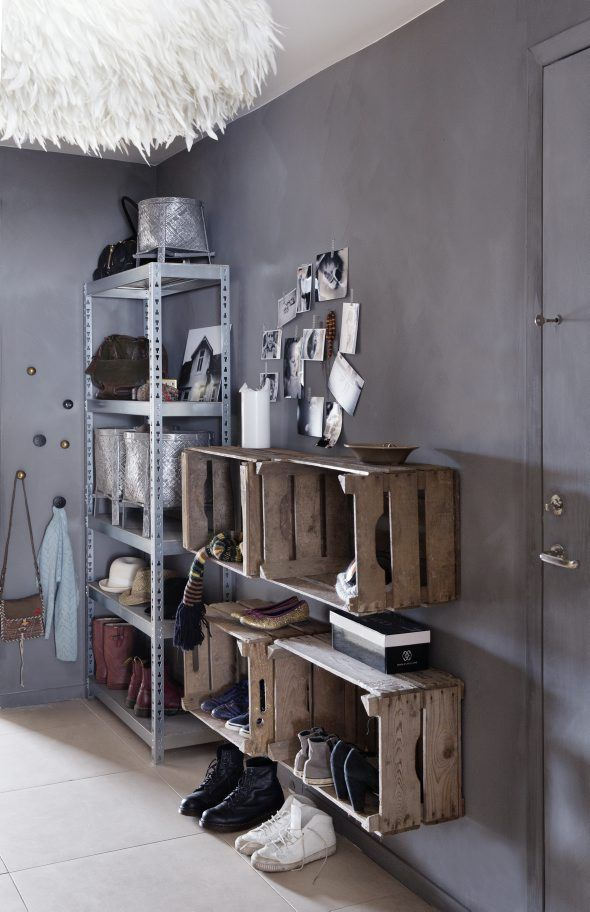 Hallway made by Tone Kroken for KK Magazine and kkliving.no - for almost NO money! Simple DIY