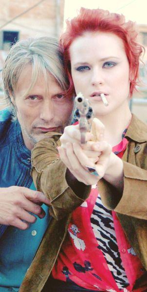 """Mads Mikkelsen as Nigel and Evan Rachel Wood as Gabi in the movie """"Charlie Countryman."""" 2013"""