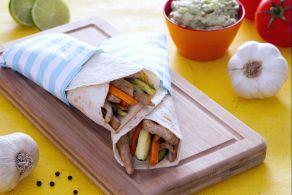 Tortillas con maiale speziato e guacamole allo yogurt