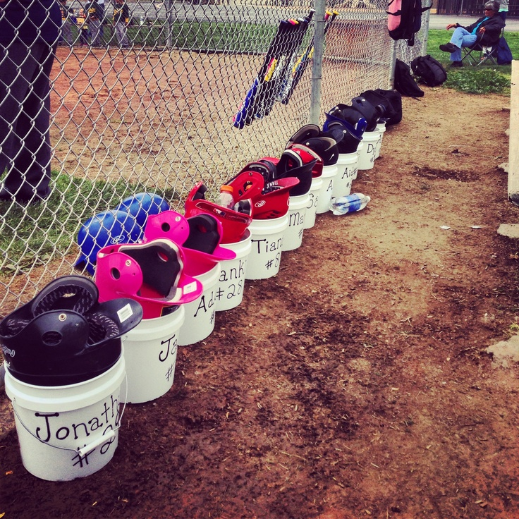 Organized t-ball! (Frankie's tball team)