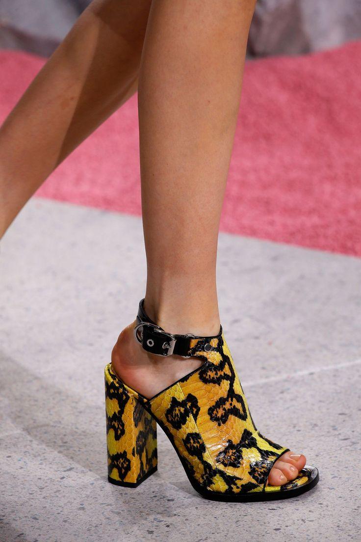 Carven #Luxurydotcom #Vogue