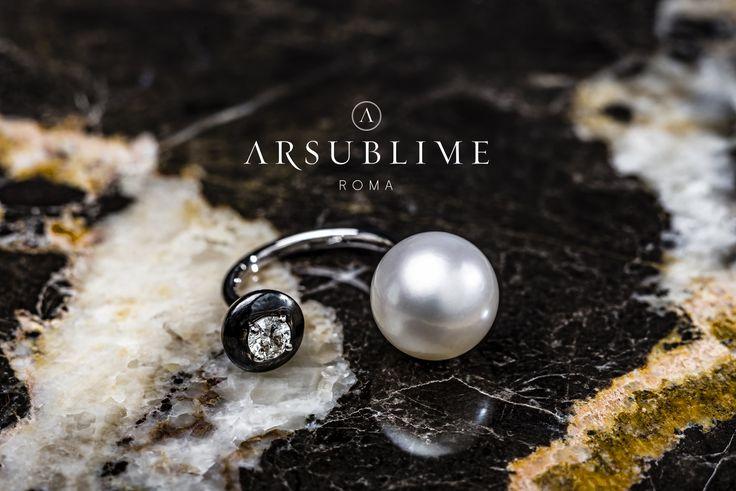 Nesea ring #arsublime #nesea #closeup #roma #rome #marble #goddess #passion #gioiellitaliani #italianartisanaluxury #design #jewelry #fashion #style  Discover on: http://www.arsublime.it/collezione/le-dee-romane/